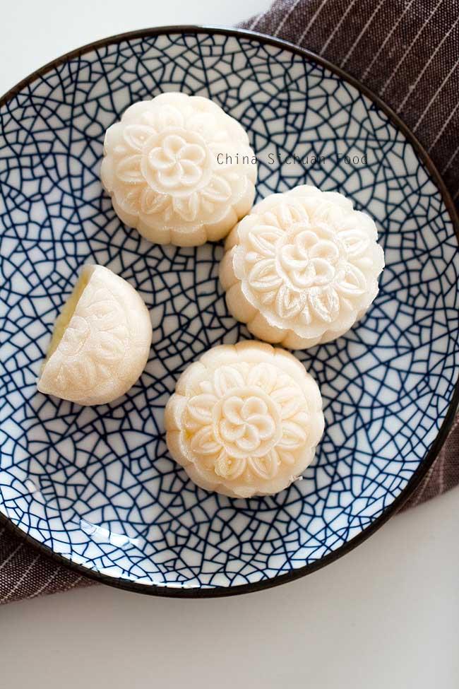 Tự làm bánh dẻo nhân kem trứng đón Trung thu - 3