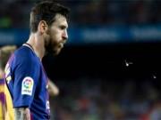 """Barca: Messi lập  hat-trick ma ám """"  ngày không Neymar"""
