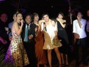 Mỹ Tâm quậy tưng bừng trong tiệc cưới đạo diễn Nguyễn Tranh và vợ kém 25 tuổi
