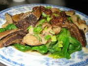 Đến Bình Định chỉ cần ăn gié bò, nhâm nhi ly rượu bàu đá là khoái quên đường về