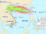 Bão số 6 gió giật cấp 11 đi vào Biển Đông