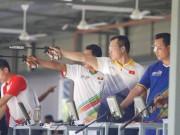 Hoàng Xuân Vinh thua sốc: HLV xin lỗi, chuyên gia thất vọng
