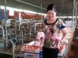 """Người phụ nữ kỳ lạ: Từ 2 con lợn, giờ thành đại tỷ phú  """" 50 tỷ """""""