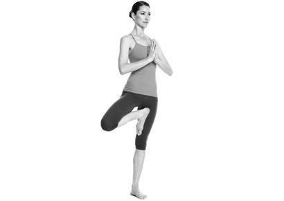 8 động tác yoga đẩy lùi bệnh tật - 5