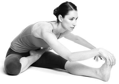 8 động tác yoga đẩy lùi bệnh tật - 6