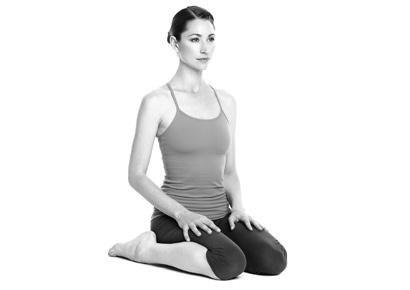 8 động tác yoga đẩy lùi bệnh tật - 7