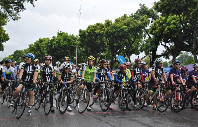 GIANT Việt Nam đồng hành cùng giải đua xe đạp Hà Nội mở rộng lần thứ IV 2017 - 3
