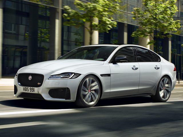 Jaguar XF tại Việt Nam giảm giá đến 400 triệu đồng