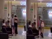 Lý do vợ cũ cởi sạch đồ trả cho chồng giữa trung tâm thương mại
