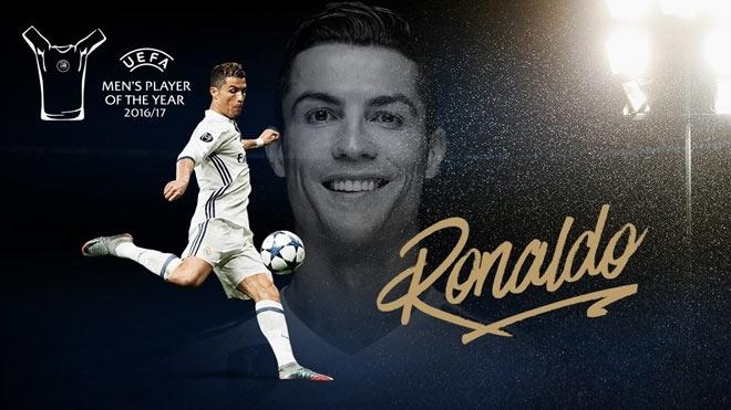 """Cầu thủ hay nhất châu Âu: Ronaldo áp đảo Messi, lập """"hattrick"""""""