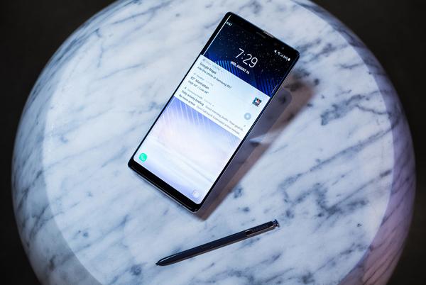 Đặt gạch Samsung Note 8 nhận ngay bộ quà trị giá 4 triệu tại Viễn Thông A - 3