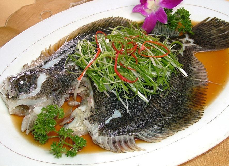 Tuyệt chiêu làm cá biển hấp thơm ngon, béo ngậy không bị tanh - 1