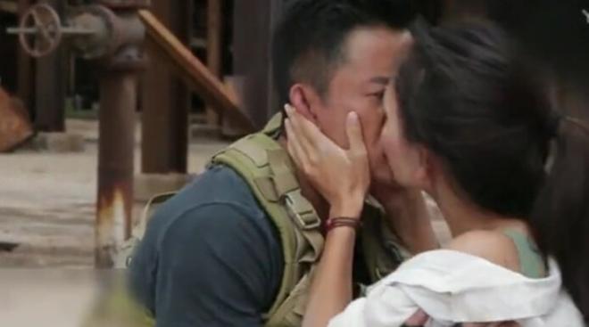 Ngô Kinh nói về cảm giác hôn bạn diễn trong Chiến lang 2 - 2