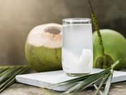 Sức khỏe đời sống - Uống nước dừa 1 tuần liền nhận sự thay đổi kỳ diệu của sức khỏe