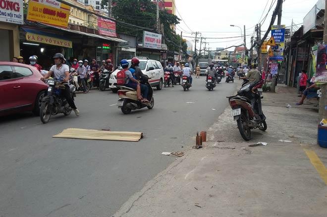 2 người tử vong trên phố ở quận ngoại ô Sài Gòn - 2