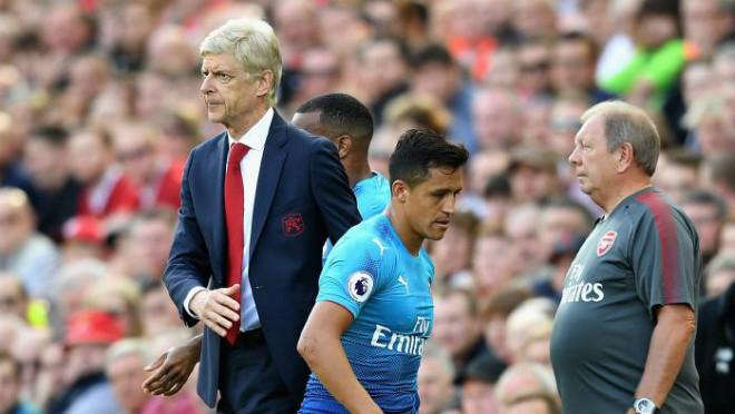 Tuyệt vọng với Wenger: Sanchez đến MU khoác áo số 7 huyền thoại