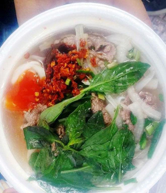 Ăn đã đời đủ món ngon tại phố hàng rong đầu tiên ở Sài Gòn - 11