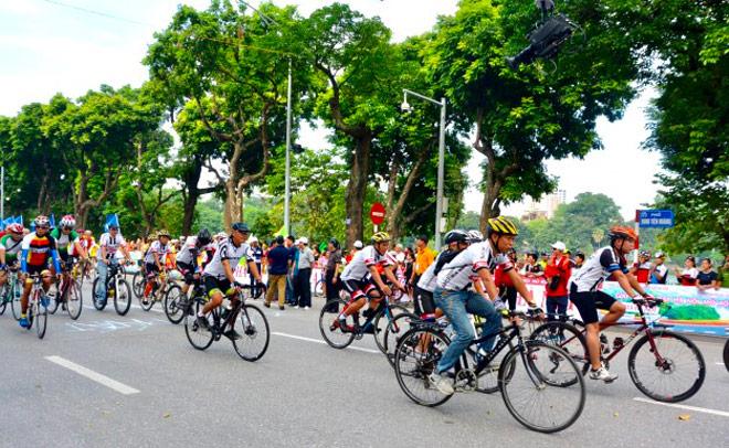 GIANT Việt Nam tài trợ giải đua xe đạp Hà Nội mở rộng lần thứ IV 2017 - 2