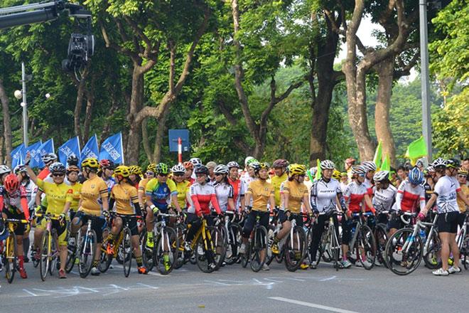 GIANT Việt Nam tài trợ giải đua xe đạp Hà Nội mở rộng lần thứ IV 2017 - 3