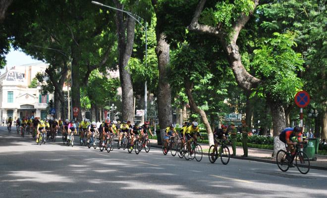 GIANT Việt Nam tài trợ giải đua xe đạp Hà Nội mở rộng lần thứ IV 2017 - 4