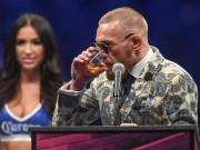 Thể thao - McGregor nốc rượu giải sầu, Mayweather vui vẻ bên dàn mỹ nữ
