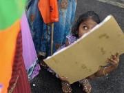 Cho con 13 tuổi khám béo phì, bố mẹ Ấn Độ phát hiện sự thật đau lòng