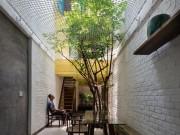 """Tài chính - Bất động sản - Căn nhà Sài Gòn bên ngoài lụp xụp, bên trong chẳng khác """"thiên đường"""""""