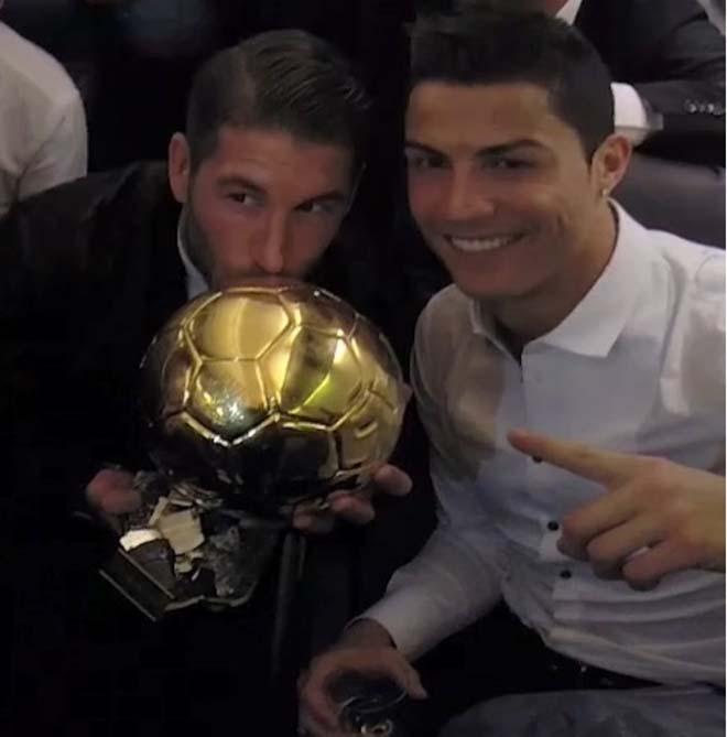 """Ramos """"ăn thua đủ"""" với Ronaldo: Tranh QBV, sẵn sàng gạt nghĩa"""