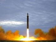 Thế giới - Thị sát phóng tên lửa, Kim Jong-un lộ vị trí trước mắt Mỹ?