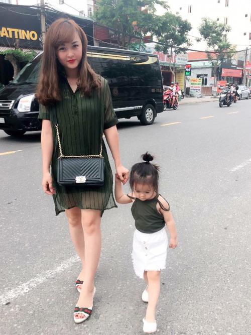 Loạt mẹ bỉm sữa trẻ như gái 20 khiến cư dân mạng kinh ngạc - 5