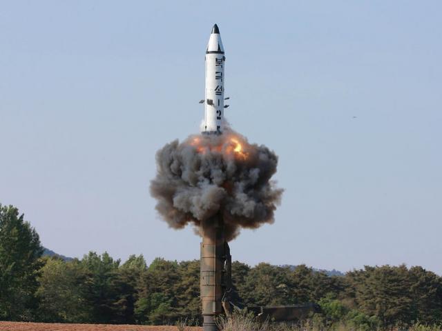 Tên lửa không phải là vũ khí nguy hiểm nhất Triều Tiên đe dọa Mỹ
