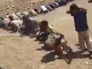 Thế giới - Hàng  trăm khủng bố IS quỳ gối đầu hàng ở giữa sa mạc