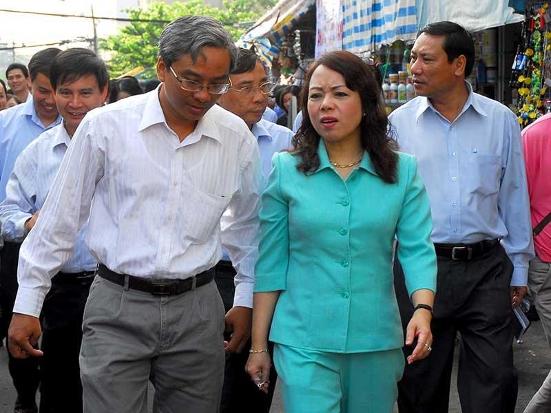 """Bộ trưởng Tiến: """"Em chồng tham gia VN Pharma là quyền cá nhân"""""""