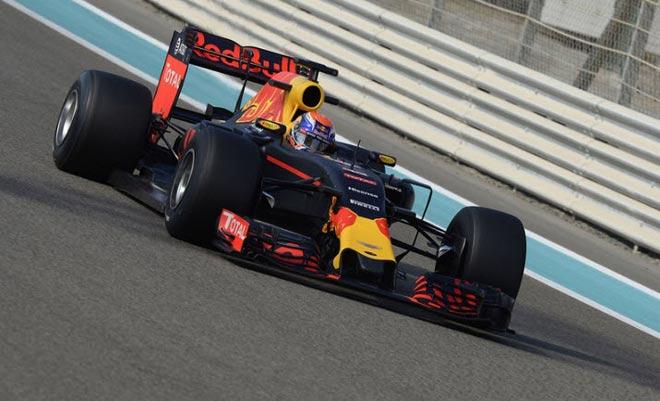 """Đua xe F1: Lốp xe và những """"ngư ông đắc lợi"""" - 1"""