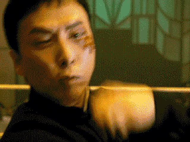 Chân Tử Đan suýt mù, Thành Long gãy răng vì giao chiến trên màn ảnh - 9