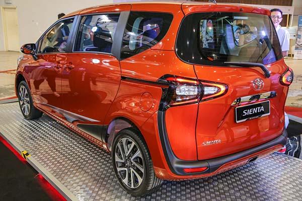 Bản độ thể thao đẹp mắt của Toyota Sienta giá 495 triệu đồng - 3