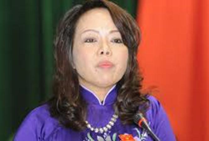 Nóng trong tuần: Bộ trưởng Tiến giải thích việc em chồng ở VN Pharma