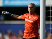 Bóng đá - MU: Thầy Mourinho bắt bóng, đá 11m khiến De Gea và Lukaku kiêng nể