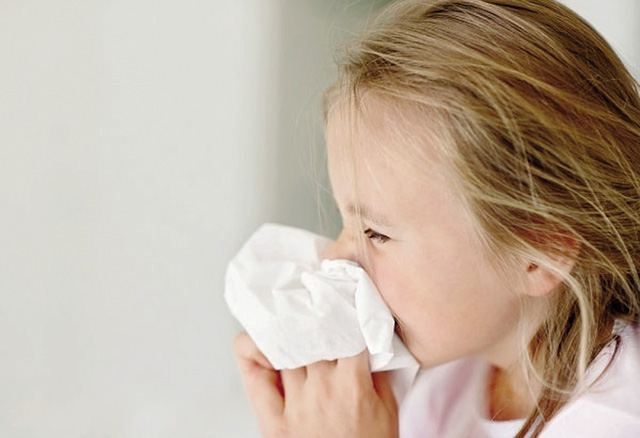 10 bệnh trẻ hay gặp lúc giao mùa và cách phòng tránh - 1