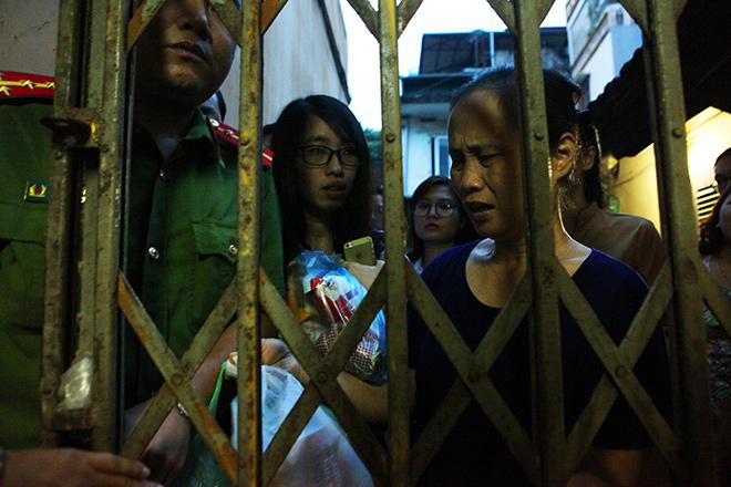 Hàng nghìn người ngồi kín chùa Phúc Khánh tụng kinh Vu Lan - 4