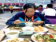 """Thể thao - Bữa ăn """"vô địch"""" của siêu kình ngư Ánh Viên"""
