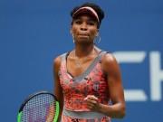"""Thể thao - US Open ngày 7: Venus và """"Tiểu Serena"""" bùng nổ, nhà ĐKVĐ Wimbledon rời giải"""