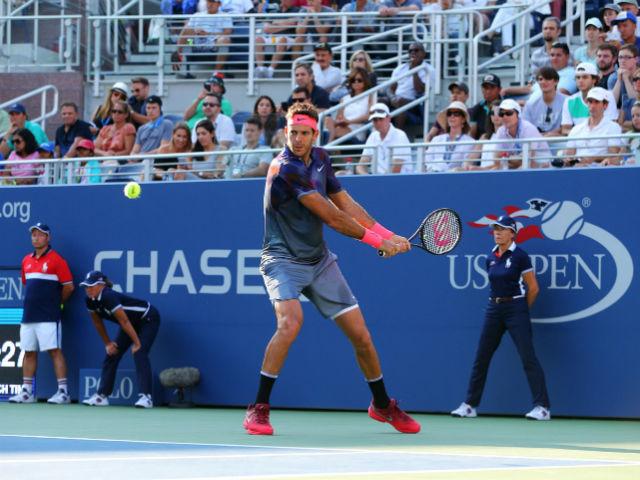 Federer - Kohlschreiber: Bùng nổ thời khắc quyết định (Vòng 4 US Open) - 2