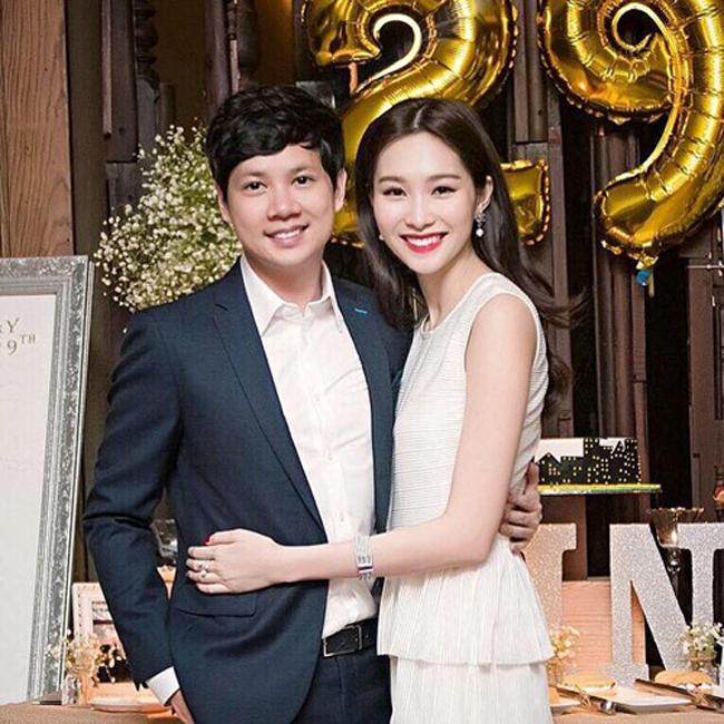 Hoa hậu Thu Thảo và bạn trai - doanh nhân trẻ Trung Tín sẽ kết hôn vào ngày 6/10. Thông tin vừa được công bố đã nhanh chóng được tán dương bởi cộng đồng mạng. Đây là cặp trai tài gái sắc nói không với scandal trong showbiz Việt.