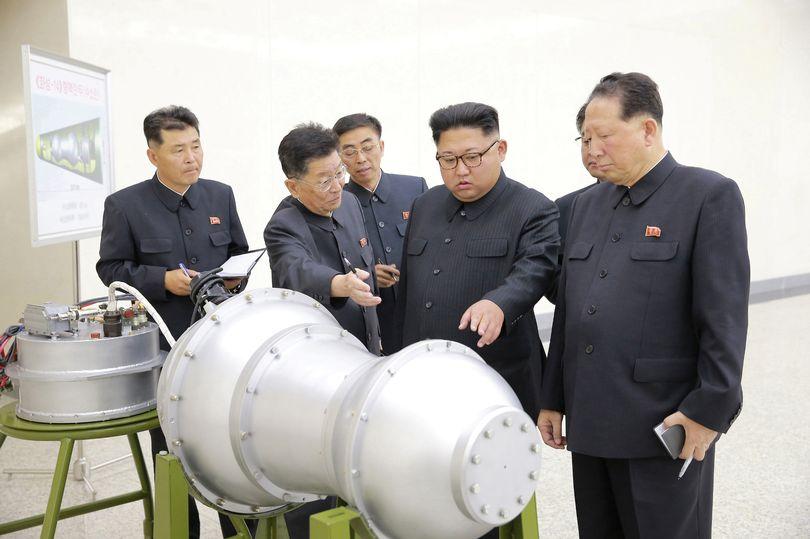 Lộ diện 2 nhân vật giúp Kim Jong-un sở hữu bom nhiệt hạch - 1