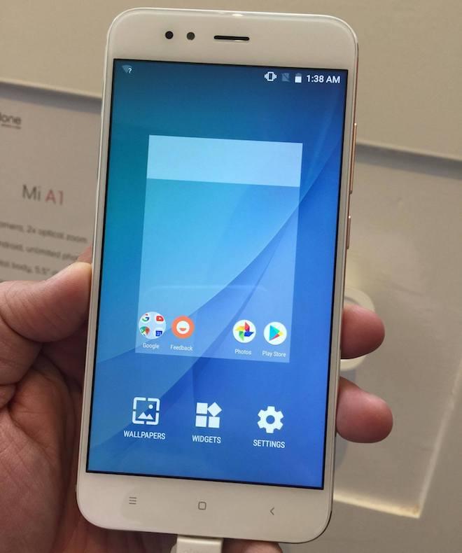 """Xiaomi """"bắt tay"""" với Google trình làng A1 giá rẻ có camera kép - 3"""