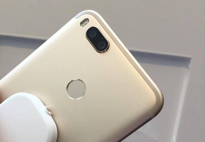 """Xiaomi """"bắt tay"""" với Google trình làng A1 giá rẻ có camera kép - 4"""
