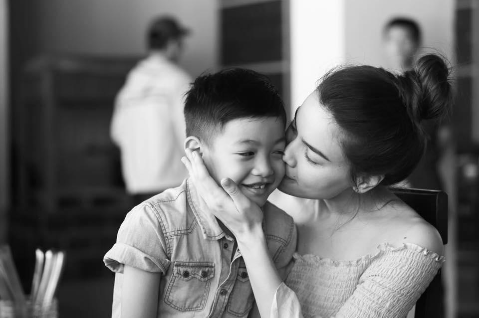 """Sao Việt 6/9: Đây mới là """"chàng trai"""" mà Hà Hồ yêu nhất - 1"""