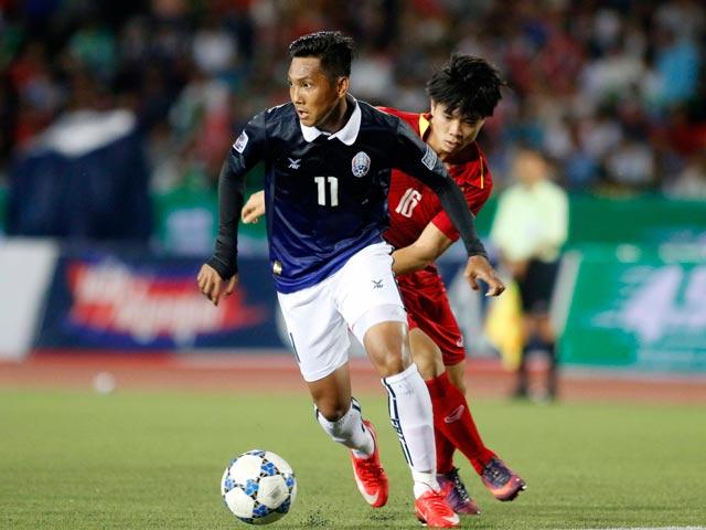 """ĐT Việt Nam thắng Campuchia: Lâm """"Tây"""" khác Phí Minh Long - 2"""
