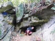 Theo dấu vết ngôi mộ cổ trong hang sâu xứ Lạng